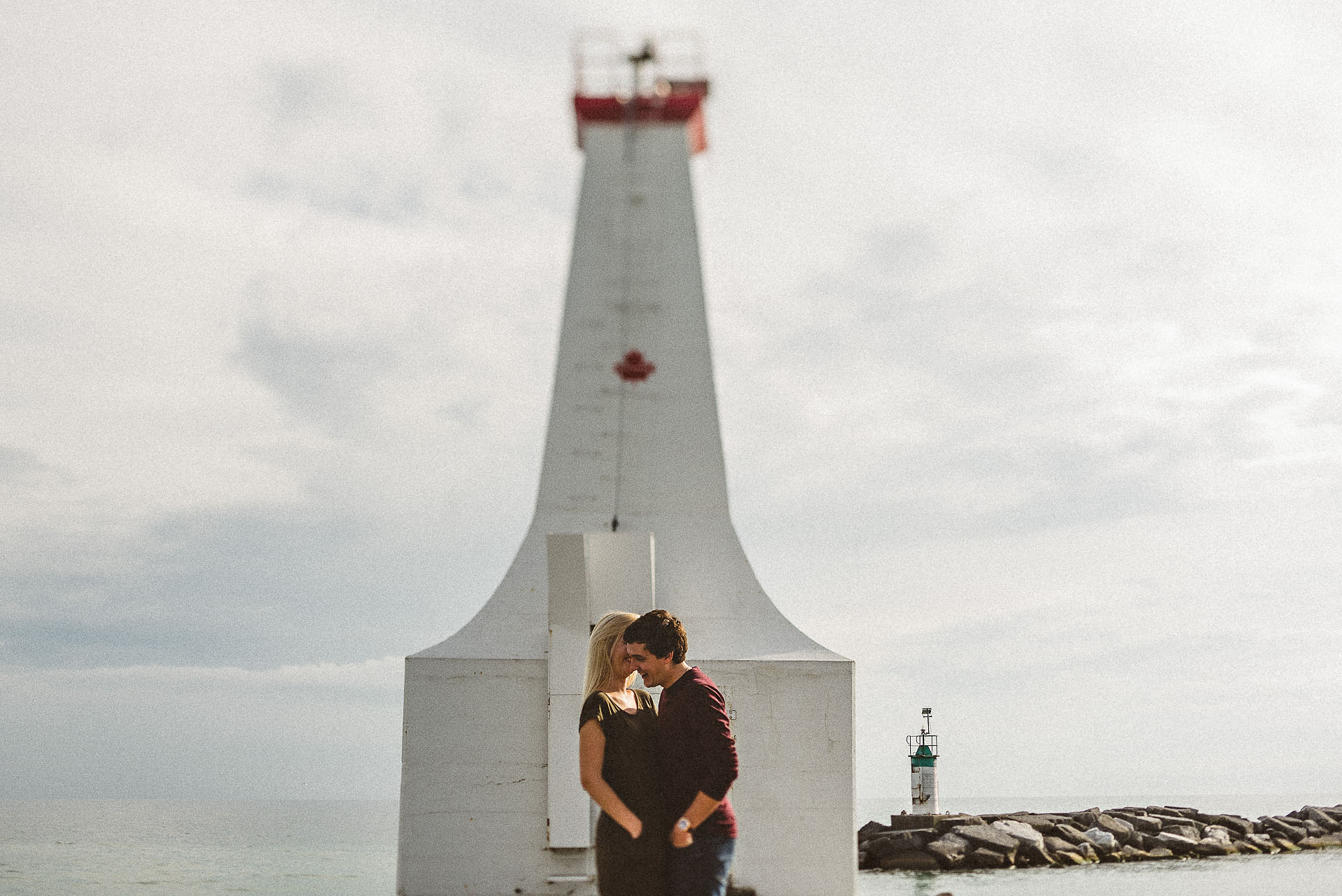 couple at a beautiful cobourg engagement session