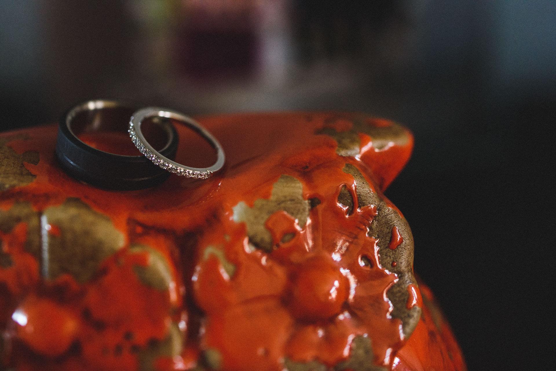 ring detail photograph